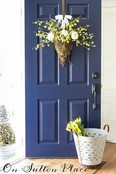 DIY Spring Door Wreath   Vintage Olive Bucket   Decor Steals Giveaway