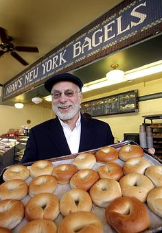 Noah's New York Bagels : hot, buttered bagels & OJ