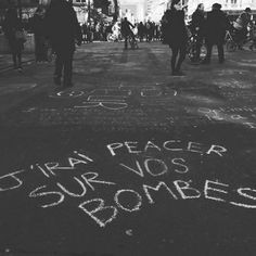 Just peace & love and that's ok Weird Words, Cool Words, Sign Quotes, Art Quotes, Graffiti Quotes, Street Quotes, Quote Citation, French Quotes, Love Messages