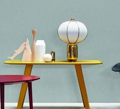 Voici la lampe à poser Balloon ! Une création design, signée Matteo Zorzenoni pour la maison italienne MM Lampadari. #luminaire #design #designcontemporain #contemporarydesign #nedgis  #luminairedesign #retro #mmlampadari #entree #salon #entrance #livingroom #bedroom #chambre #diningroom #salleamanger #MatteoZorzenoni #designitalien #italiandesign #elegant #or #gold #fabric #textile #blanc #white #ceramique #ceramic #balloon #lampeaposer #lampeaposerdesign #tablelamp #designtablelamp