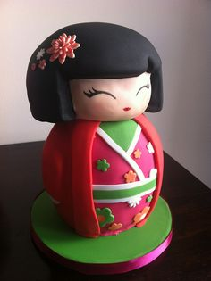 Japanese Geisha Girl Cake by 160 Degrees and Rising, via Flickr