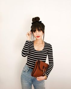 On days I don't know what to wear, stripes and a top knot seem to do the trick… – Hair Styles Mode Style, Style Me, How To Style Bangs, Look Fashion, Fashion Beauty, Fashion Outfits, Hairstyles With Bangs, Bangs Hairstyle, Fashion Hairstyles