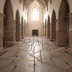 Swiss installation artist Zimoun has unveiled a new site-specific installation based on 150 prepared dc-motors, wood, string wire and hosted inside a beautiful old church in Klangraum Krems, Austria. Sound Installation, Interactive Installation, Artistic Installation, French Cathedrals, Sound Sculpture, Instruments, Sound Art, Kinetic Art, Seesaw