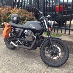 Resultado de imagen de moto guzzi v7 stone blanca, cafe racer