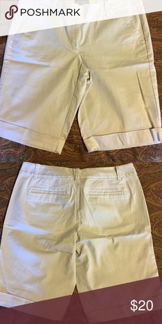 EUC Ann Taylor walking shorts Worn once, nice longer length. Tab and button closure. Ann Taylor Shorts