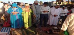 بالصورة.. نساء ورجال يصلون صلاة العيد جنبا إلى جنب بالمحمدية   ZEGPRESS