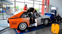 572 PS drückt dieser Audi S1 auf dem Prüfstand Jozef Béreš jr. ist aufmerksamen Rallye-Fans kein Unbekannter. Mit seinem Audi Sport Quattro S1 E2 und dem spektakulären Fahrstil begeistert er ... weiterlesen