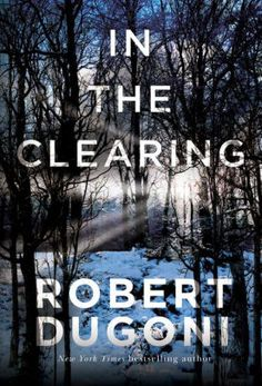 Read Online In the Clearing (The Tracy Crosswhite Series) by Robert Dugoni - Detective Tracy Crosswhite has a skill, and a soft spot, for tackling unsolved crimes. Having lost her own sister to murder at a young age, Tracy has dedic New Books, Good Books, Books To Read, Police Story, American High School, American Girl, Thriller Books, Mystery Thriller, English