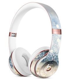 Unfocused Blue and Gold Sparkles Full-Body Skin Kit for the Beats by Dre Solo 3 Wireless Headphones