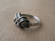 bow ring - vintage art deco ring