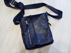 leather bag Leather Wallets, Leather Bags, Leather Backpacks, Sling Backpack, Messenger Bag, Satchel, Handmade, Fashion, Leather Tote Handbags