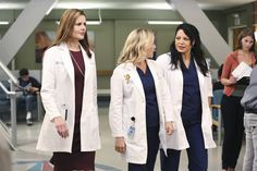 Geena Davis, Jessica Capshaw and Sara Ramirez in the season premiere of Grey's Anatomy. Description from watchinga.com. I searched for this on bing.com/images