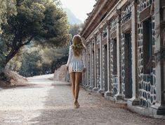 ******* Portrait, Louvre, White Dress, Fashion, Black Sand, Focal Length, Ingolstadt, White Dress Outfit, Moda