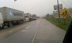 Folha Política: Protesto de caminhoneiros já bloqueia rodovias por todo o país  http://w500.blogspot.com.br/