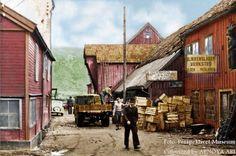 Olsen and Nicolaisen tinsmith's workshop / Ole Hermansen scrap business.