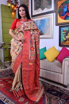 Sampa Das - Revivalist of the Golden Muga silk of Assam Bangladeshi Saree, Bengali Saree, Assam Silk Saree, Indian Silk Sarees, Asian Wedding Dress, Saree Wedding, Kanchipuram Saree, Banarasi Sarees, Kantha Work Sarees