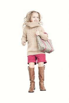 Gucci Fall / Winter 2012 Love that sweater for the kidswear range!