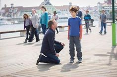 Kiefer Sutherland and David Mazouz in Touch Touch Tv Series, Kiefer Sutherland, Young Guns, Don't Speak, Film Serie, Gotham, Sherlock, Picture Photo, Actors & Actresses