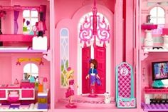 barbie house background - Google Search   All For Kylie   Pinterest ...