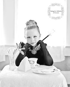 » Blog Breakfast at Tiffany's Shoot, cosplay, Audrey Hepburn, Child photo session, Children's photography