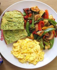 Quick Healthy Breakfast Ideas for Your Busy Morning - Low Carb Meals - Gesundes Essen Quick Healthy Breakfast, Healthy Meal Prep, Healthy Snacks, Healthy Eating, Healthy Recipes, Healthy Breakfasts, Healthy Brunch, Food For Breakfast, Healthy Easy Food