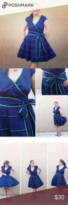 Cotton retro fit and flare dress Pockets, ladies! And a yummy color combo of navy and emerald green. Custom fit to me but wears like a solid 12. Further measurements available upon request. Worn only a handful of times for my style blog. You know you want to give it a good home! eshakti Dresses Midi
