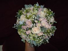 Delicate vintage style posy | One Stop Wedding Shop