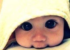 Baby! Oh my look at those big eyes, just melts my heart!