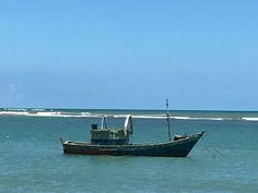 Que os bons ventos o levem! Em 29 jan 2017 a Coluna publica um Conto Fotográfico, mostrando as belezas do sul da Bahia e as dicas de Pedro Álvarez Cabral para as suas próximas férias. Você prefere o agito de Porto Seguro, a tranquilidade de Arraial d'Ajuda ou o charme de Trancoso? Confira os detalhes das janelas, as namoradeiras e muito mais em https://youtu.be/aWQ6rY4ZO7E. Abraços, Felipe