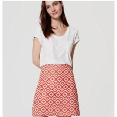 LOFT Tall Geo Jacquard Shift Skirt ($60) ❤ liked on Polyvore featuring skirts, tomato, jacquard skirt, geometric skirt, open back skirt, long skirts and textured skirt