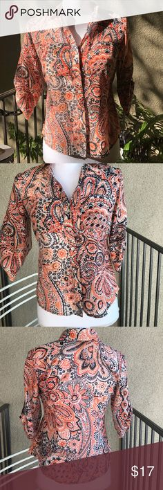 🎃Ann Taylor Bandana Print 3/4 length sleeve Top No flaws, button down, 3/4 sleeves that roll up. Very lightweight material, almost sheer, but not! Pumpkin and navy design. EUC Ann Taylor Tops Blouses