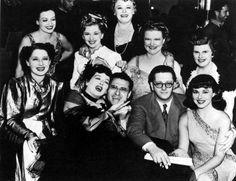Norma Shearer, Rosalind Russell, George Cukor, Hunt Stromberg, Paulette Goddard, Joan Crawford, Joan Fontaine, Mary Boland, Phyllis Povah, and Florence Nash - THE WOMEN BW