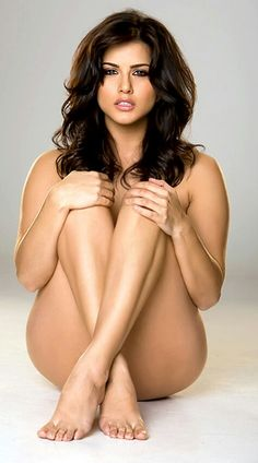picture and images of Sunny Leone