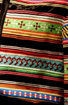 Seminole patchwork, detail