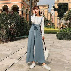 SUDB Wide Leg Pants Palazzo Pants Wide Leg Pants Woman Pantalones Anchos De La Pierna Mujer Wide Trousers With High Waist - Shopping Women's Clothing Sneakers Fashion Outfits, Chic Outfits, Trendy Outfits, Shoes Sneakers, Sneakers Women, Fashion Boots, Look Fashion, Hijab Fashion, Woman Fashion