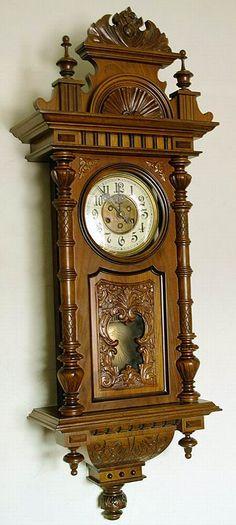 Gustav Becker 1913 r Brown Clocks, Old Clocks, Indian Room Decor, Baroque Furniture, Wood Appliques, Unique Clocks, Clock Art, Old Watches, Mantle Clock