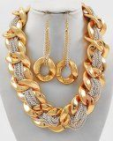 Kim Classic Twisted Golden Chunky Trendy Chain Necklace