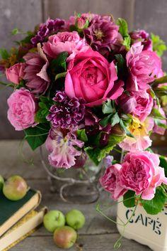 Flower arrangement by Sabrina