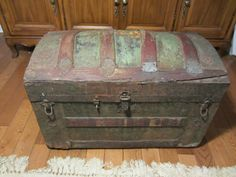 Antique Steamer Trunk Vintage Victorian Dome Top Chest C-1890