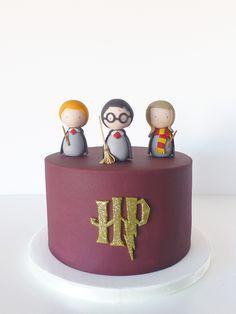 Peaceofcake ♥ Sweet Design: Harry Potter Cake • Bolo Harry Potter