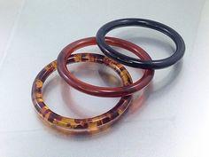 25% OFF SALE 3 Vintage Plastic Bangles,Retro Vintage Celluloid Amber Rootbeer Bracelet Lot, Plastic Bangles, Black Amber Stacking Bracele...