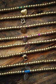 b e a c h & e a u: PULSERAS DE GRUESAS CUENTAS DE METAL E HILOS DE COLORES.....ahora también con colgantes variados......ideales para llevar varias juntas o combinadas con otras.......................