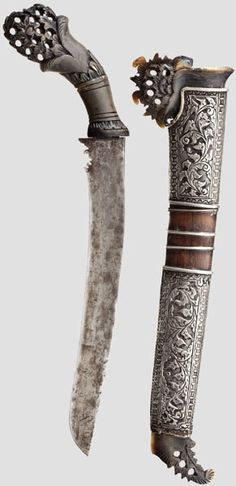 Silbermontiertes Bade-Bade, Malaysia um 1900 Swords And Daggers, Knives And Swords, Cool Swords, Dagger Knife, Arm Armor, Fantasy Weapons, The Masterpiece, Fantasy Inspiration, Aquascaping
