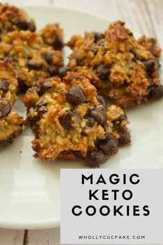 magic keto cookies - intrigued to see if these become a pooled mess in the oven. magic keto cookies - intrigued to see if these become a pooled mess in the oven. Keto Cookies, Cookies Receta, Cookies Et Biscuits, Keto Biscuits, Coconut Flour Cookies, Keto Peanut Butter Cookies, Cheese Cookies, Protein Cookies, Healthy No Bake Cookies