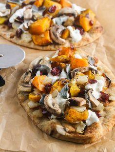 Butternut Squash Caramelized Onion Burrata Pizza from Lauren Kelly Nutrition Raw Food Recipes, Vegetable Recipes, Fall Recipes, Italian Recipes, Great Recipes, Vegetarian Recipes, Favorite Recipes, Healthy Recipes, Pizza Recipes