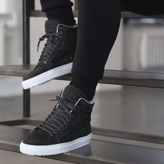 Tenis Casual, Casual Sneakers, Sneakers Fashion, Casual Shoes, Fashion Shoes, Shoes Sneakers, Best White Sneakers, Mens Winter Boots, Mens Boots Fashion