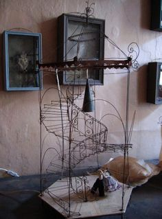 these wire sculptures are so amazing. the site is worth visiting!