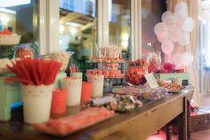 Mesa dulce// Sweet table. Foto: Vicente Forés Organización: Señor y señora de #bodassrysrade www.señoryseñorade.com