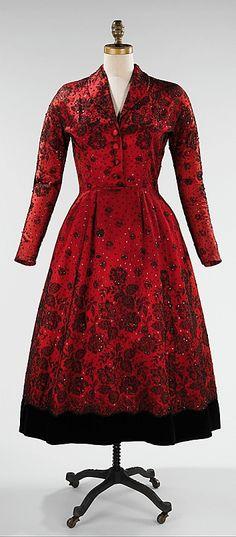 Cristobal Balenciaga, cocktail dress - 1948 - Silk - The Metropolitan Museum of Art