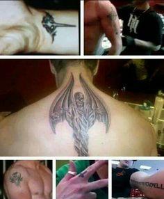 All of Zak Bagans tattoos pretty cool dont u think Back Tattoo, I Tattoo, Ghost Adventures Zak Bagans, Ghost Hunting, Cute Celebrities, Pretty Cool, Celebrity Crush, Tatting, Tattoo Designs
